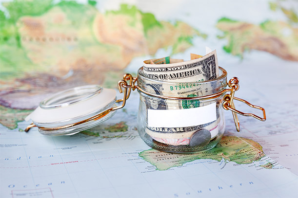 travel money saving tips